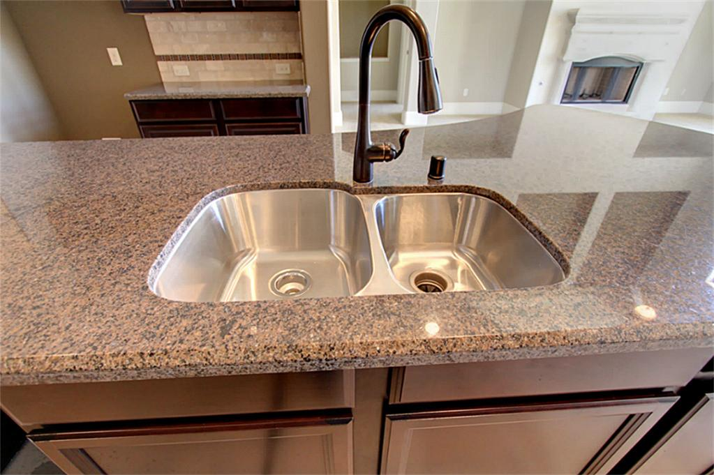Why you should buy a stainless steel kitchen sink - Cabinetry ...