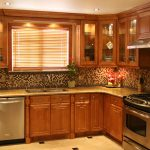 Solid Wood vs. Laminate Kitchen Cabinets