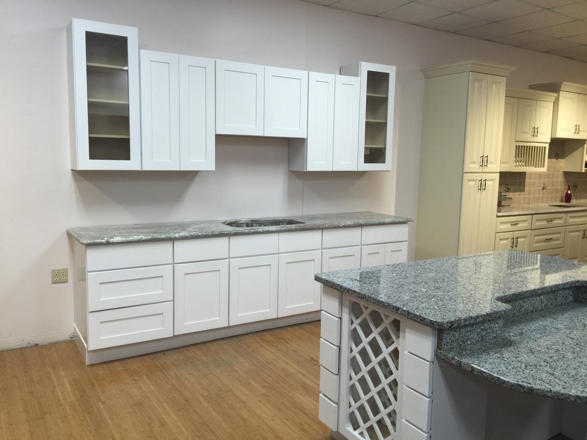 maple yorktown cabinetry u0026 stone depot